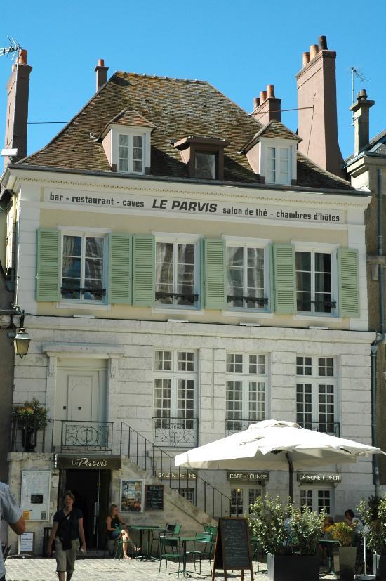 Le parvis chartres restaurant avis num ro de t l phone for Bon restaurant chartres