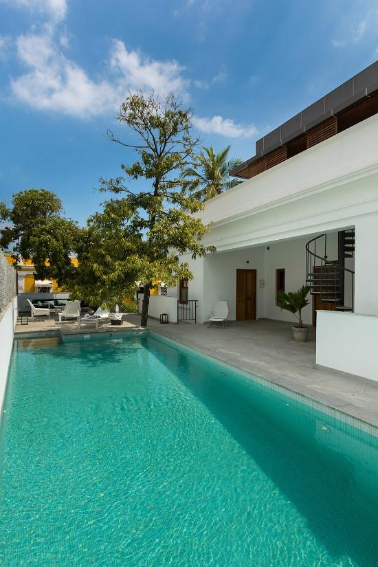 Palais de mahe pondicherry india hotel reviews photos price comparison tripadvisor Budget hotels in pondicherry with swimming pool