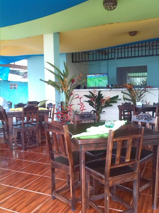 Situated In The Center Of Tortuguero Tutti S Excels Pizza And Pasta It Offers Other Kinds Food If You Are Looking To Enjoy Foods At A Restaurant