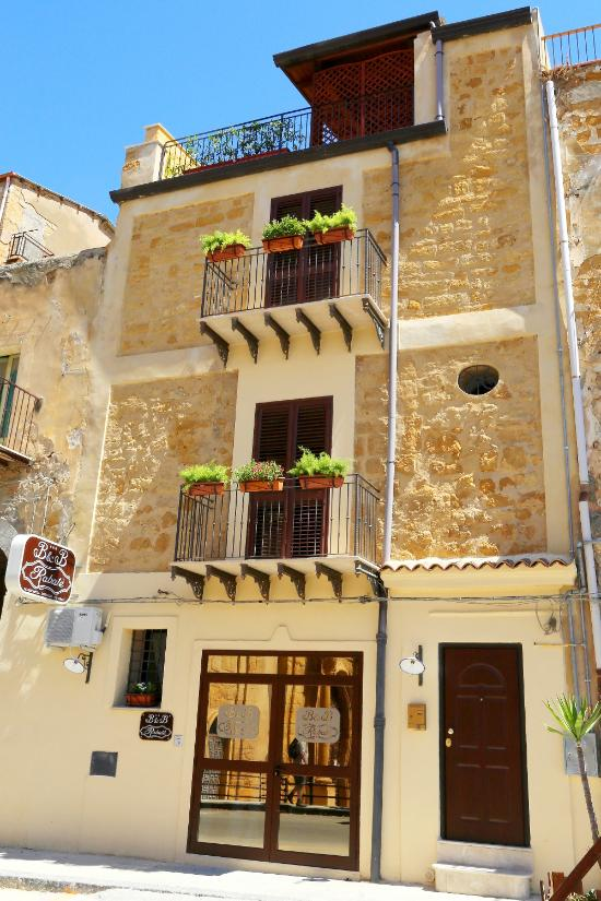 Buy real estate in Agrigento cheap prices