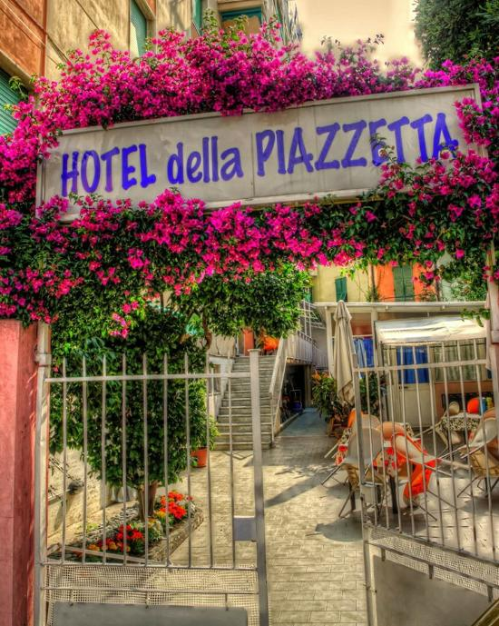 HOTEL DELLA PIAZZETTA (Varazze): Prezzi 2019 e recensioni