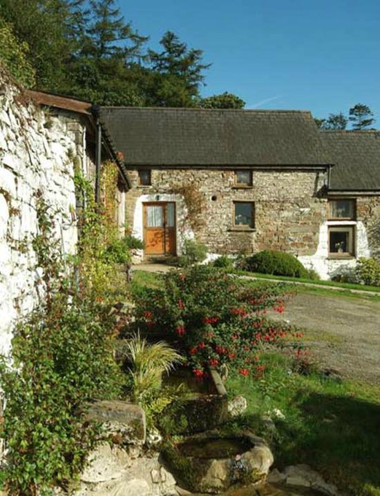 Cwmiar Farm Holiday Cottages