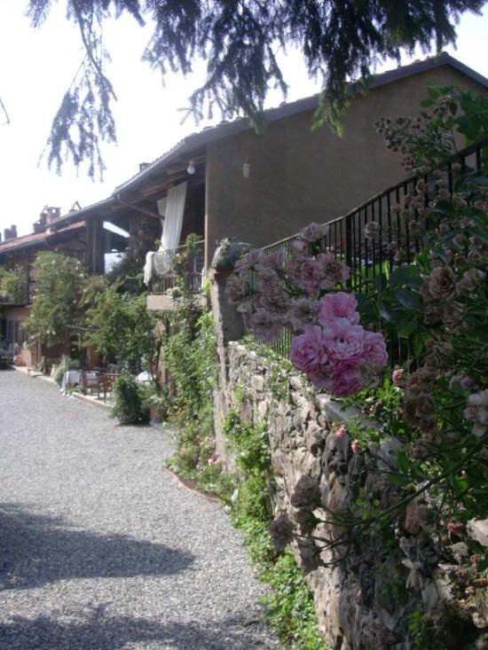 Casale della Via Francigena
