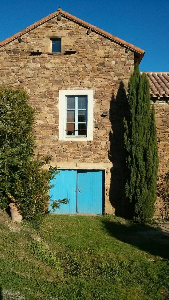 la maison bleue laval roqueceziere 12 ventana blog. Black Bedroom Furniture Sets. Home Design Ideas