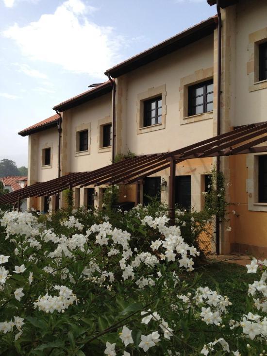 桑提亞納德爾瑪鄉村旅館