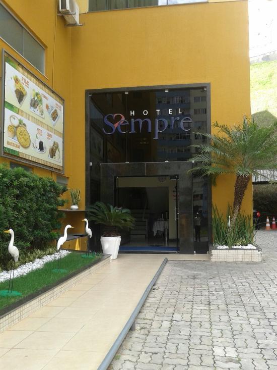Hotel Sempre Ogunja