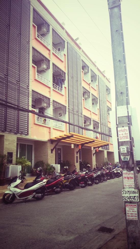 Raya Rawai Place