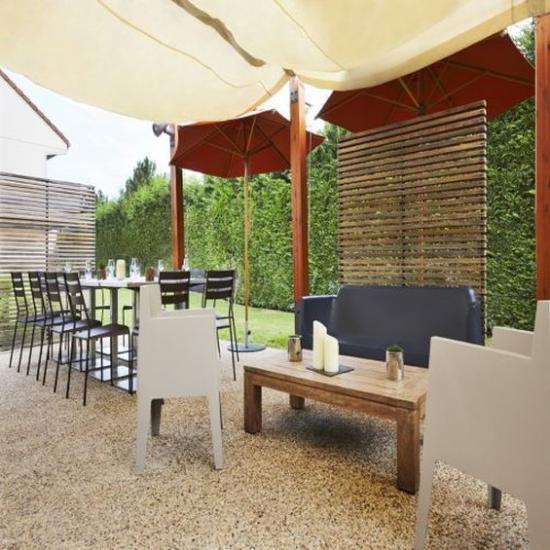 Campanile villennes sur seine poissy hotel 3 villennes for 7 eleven islip terrace
