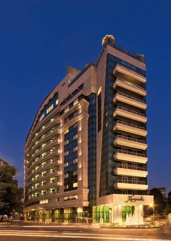 โรงแรมเคมพินสกี ไนล์