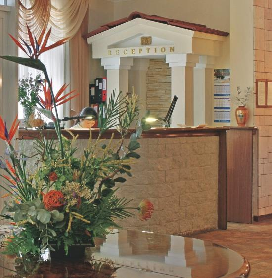 Guyot Hotel