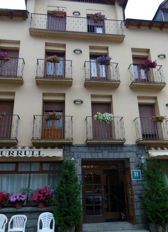 Turrull Hotel