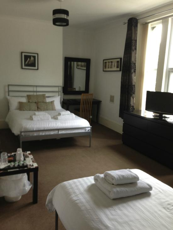 Mowbray Guest House