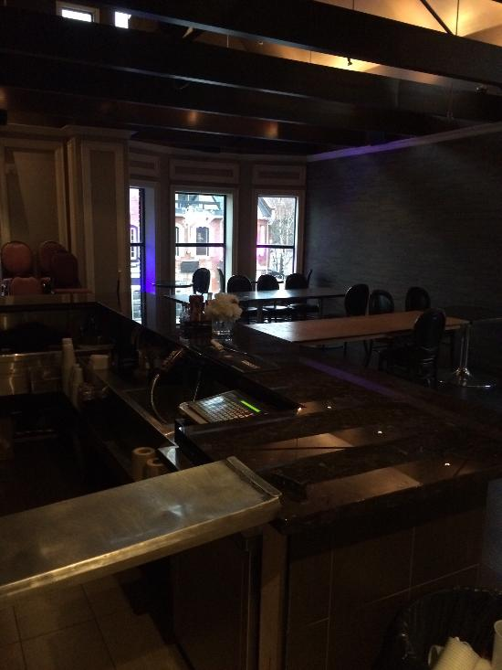 Gown & Gavel, Hamilton - Downtown Hamilton - Restaurant Reviews ...