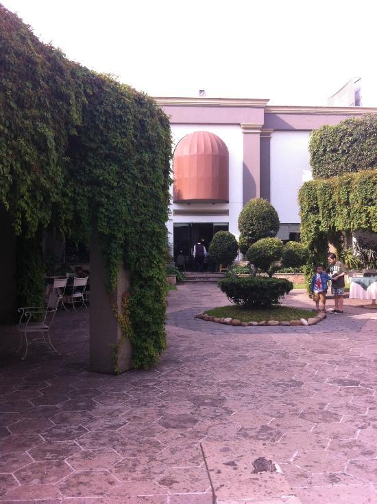 La Estancia Hotel