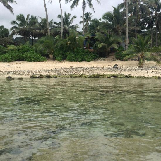 Cook Islands Beaches: Charlies Cafe And Beach Hire, Titikaveka