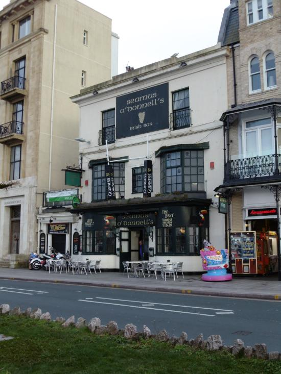 Hotels Near Torquay