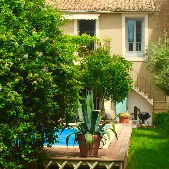 La casa occitane updated 2017 b b reviews price - Restaurant la table d emilie marseillan ...