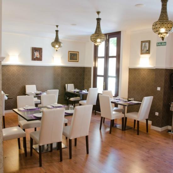 Restaurante Madrás Masala en Alcalá de Henares con cocina ...