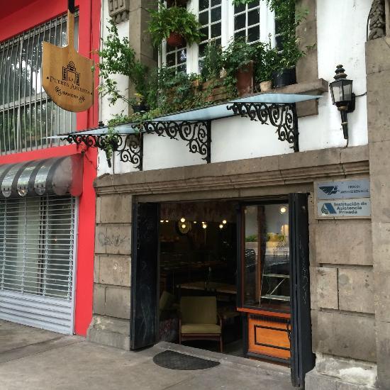 La puerta abierta bakery ciudad de m xico lo que se for Puerta 6 aeropuerto ciudad mexico