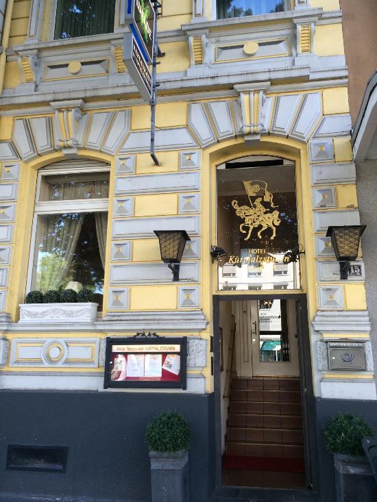 호텔 레스토랑 구르팔츠슈투벤