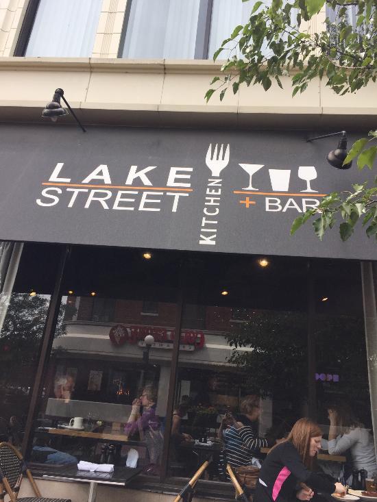 Vista Do Salao Picture Of Lake Street Kitchen And Bar Oak Park Tripadvisor