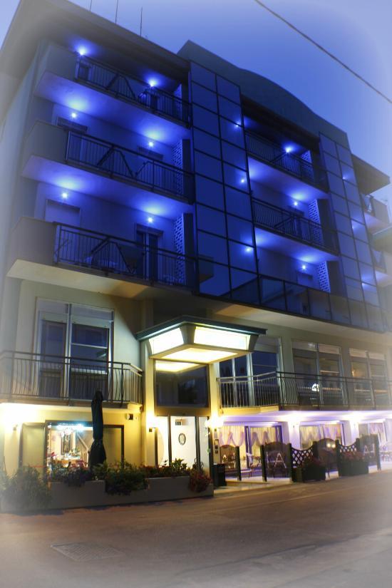 Hotel adria bellaria igea marina provincia di rimini for Hotel a basso costo amsterdam