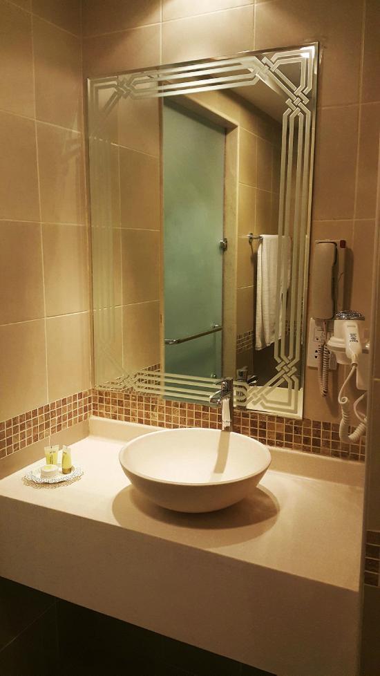 ed163cdcbf08 AL BURAQ HOTEL (Dubai