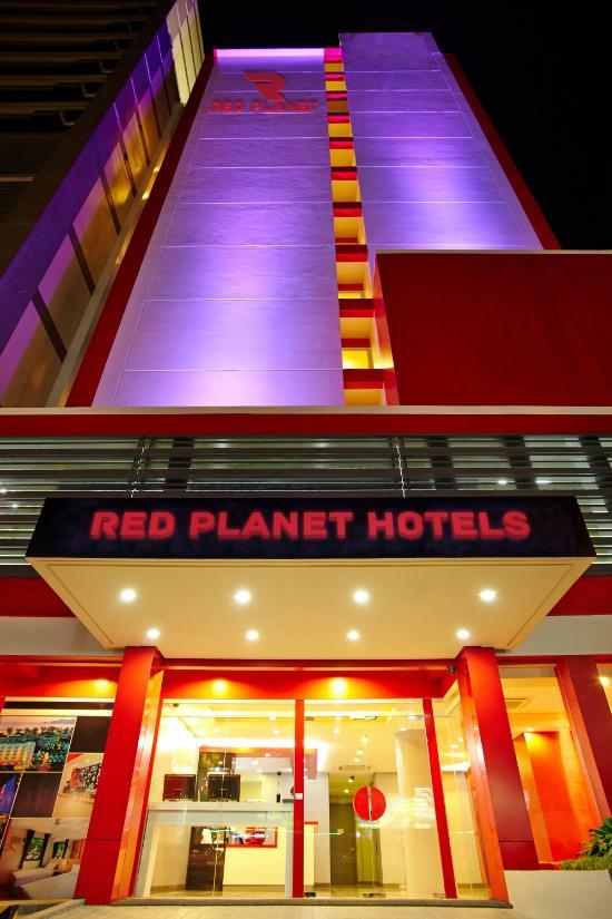Red Planet Quezon City, Manila