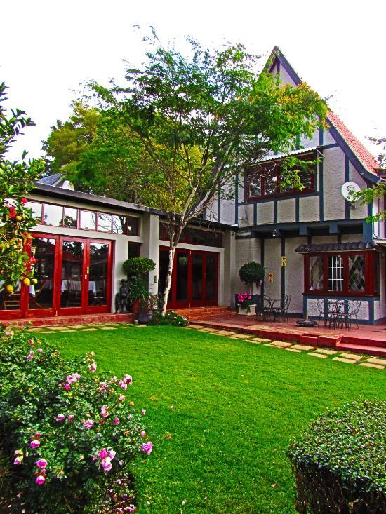 플럼푸딩 게스트 하우스