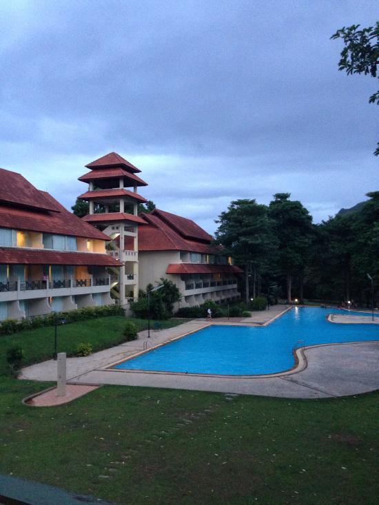 Aek-Pailin River Kwai Hotel