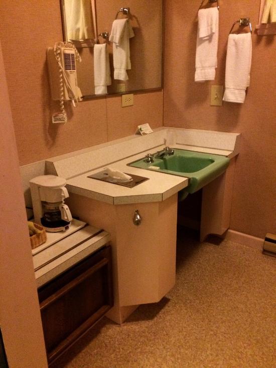 Seagate Motel