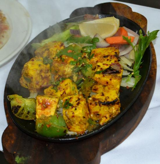 Aangan deer park u 6 85 mt derrimut rd restaurant for Aangan indian cuisine