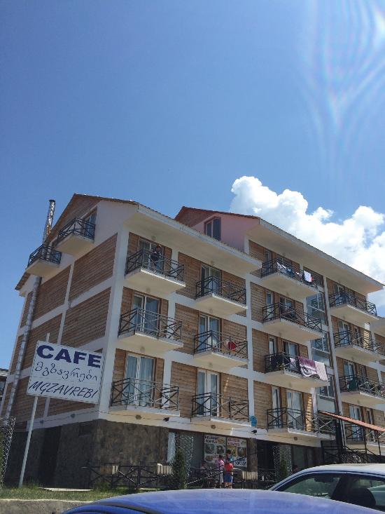 Hotel Mgzavrebi