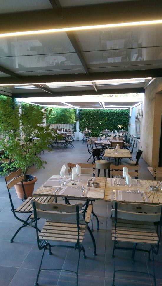 Cote jardin bouc bel air avenue general de gaulle for Restaurant jardin 78