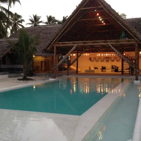 nur beach hotel jambiani tanzanie voir les tarifs 57. Black Bedroom Furniture Sets. Home Design Ideas