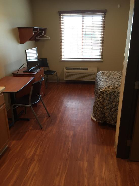 WoodSpring Suites Indianapolis Plainfield