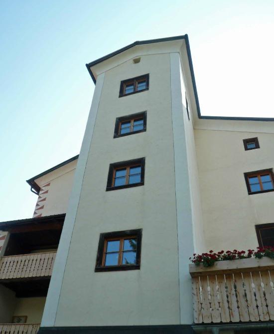 Hotel Tgesa Scarpatetti