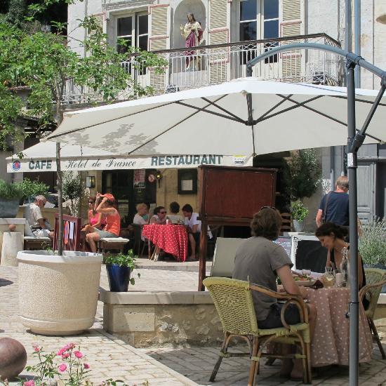 H tel de france aubeterre sur dronne restaurant avis for Hotel france numero