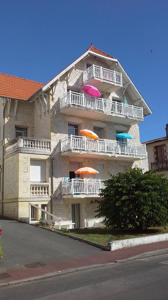 Lagrange Classic Residence le Phalene
