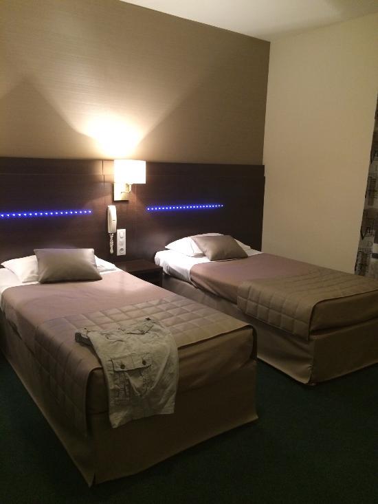 Croix des Bretons Hotel