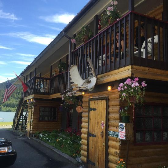 Trail lake lodge moose pass ak omd men och for Trail lodge