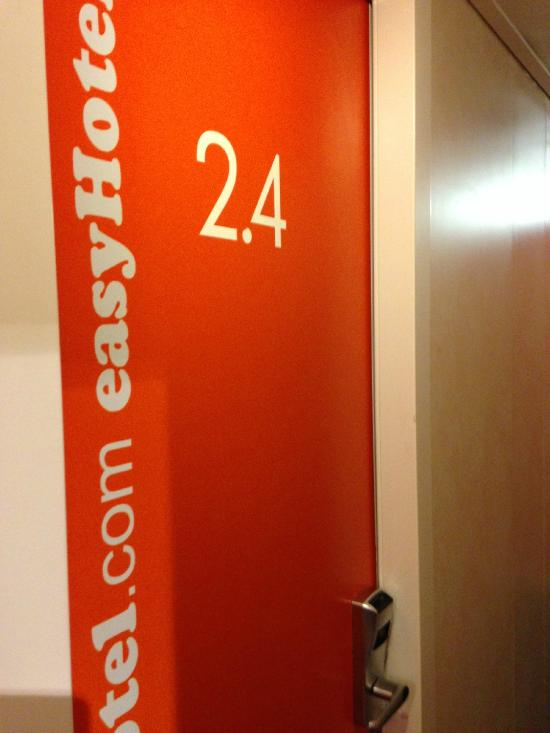 easyHotel London South Kensington