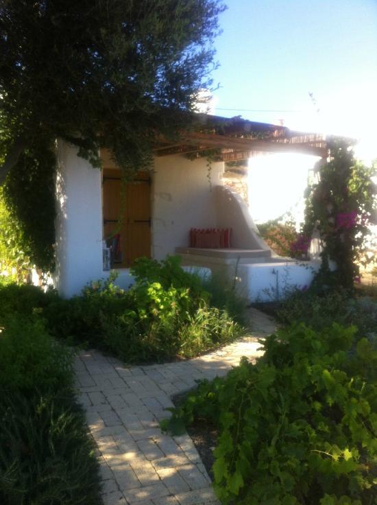 Pambelos Lodge