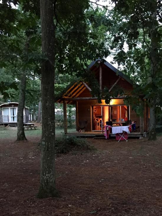 Camping Huttopia Rille