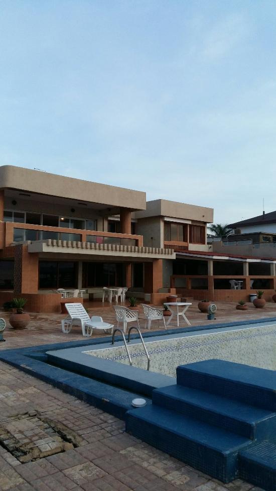La piscine dakar senegal foto 39 s en reviews tripadvisor for La piscine review