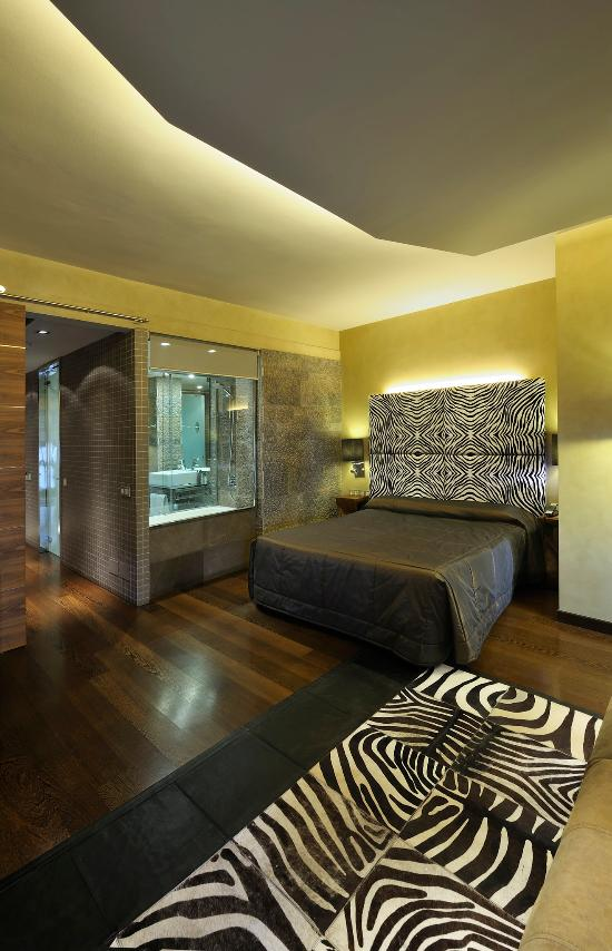 Hotel Gran Derby Suites