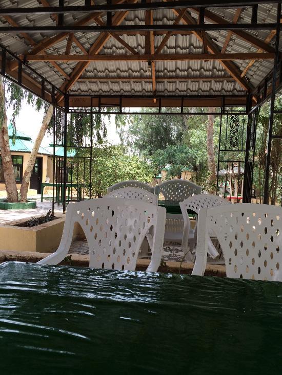 Hadhwanaag Hotel