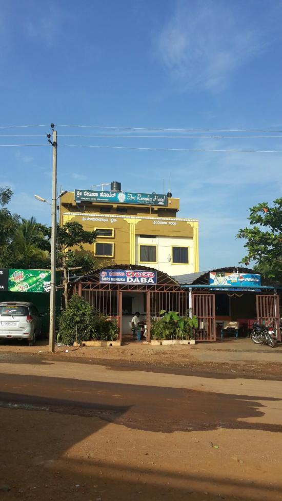 Shri Renuka Hotel