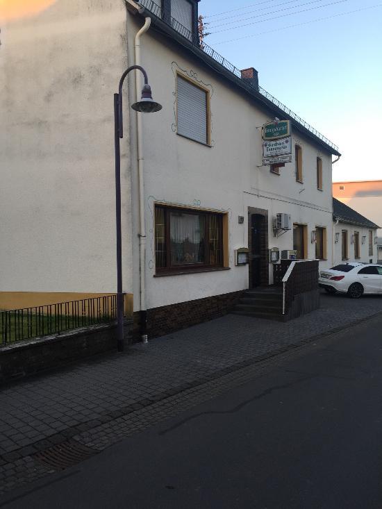 Gasthaus Tannengrun Hotel-Pension