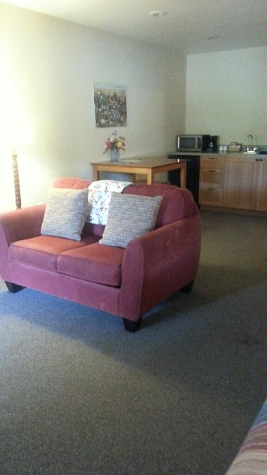 DREAM HOUSE SUITES Prices u0026 Lodge